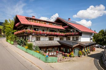 Biohotel & Bio-Restaurant Walserstuba