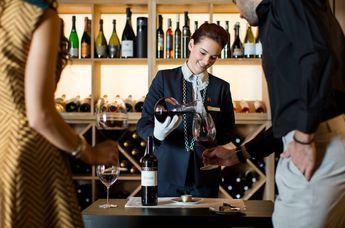 Villa Alhambra, Restaurant Alfred Keller