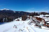 Winter-Auszeit in den Dolomiten: Vom Bett auf die Piste